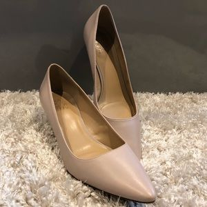 Pointed Toe Kitten Heels
